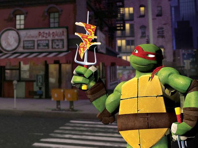 File:Raph pizza.jpg