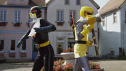 Gokaiger vs. Gavan - Comic Relief