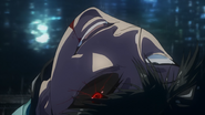 Kaneki loses control of his Kagune