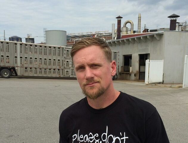 File:Mike Vallely.jpg