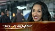 The Flash Heroes v Aliens - Behind The Teams The CW