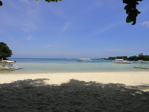 File:Malapascua island beach.jpg