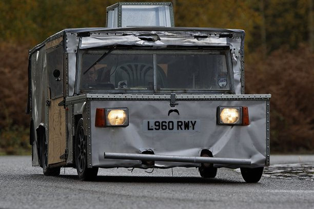File:Top-gears-eco-electric-car-geoff.jpg