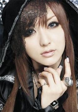 Eri-Kitamura - Ami's voice actor