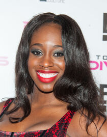Naomi - Total Divas