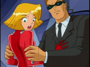Agent grabbing Clover