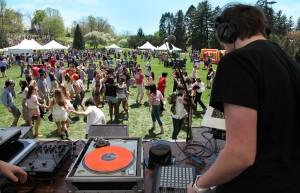 File:Spring Festival (Founders day at Vassar College).jpg