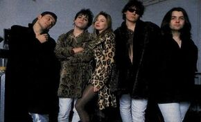 Traci Lords with Manic Street Preachers