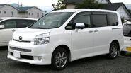 2nd generation Toyota Voxy