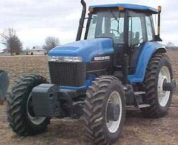 NH 8670A MFWD - 2001