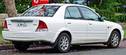 1999-2001 Ford Laser (KN) GLXi sedan 02