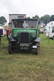 Morris C type - HG 2167 at Masham 09 - IMG 0205