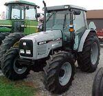 White 6410 MFWD - 2001