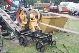 Fredrick Parker crusher at Newby 2011 - IMG 0181