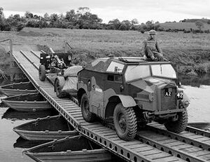 IWM-H-20971-Morris-C8-Slaght-Bridge-19420626