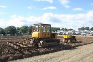 Caterpillar D4 sn 44H1648 + Caterpillar D2 sn 4U807 at Rudgwick 2010 - IMG 5037