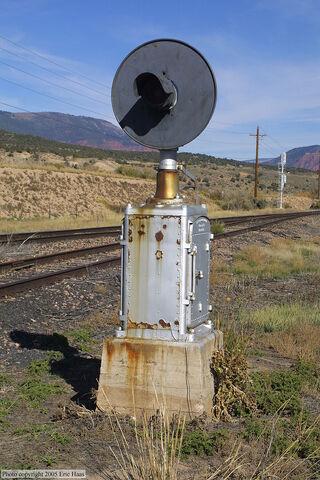 File:Abandoned Signal.jpg