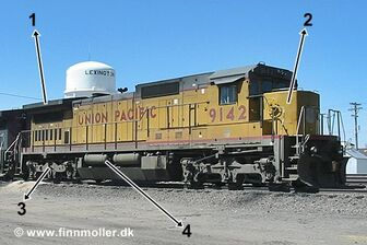 GE C40-8 with C41-8W truck
