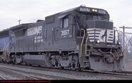 NS B32-8E