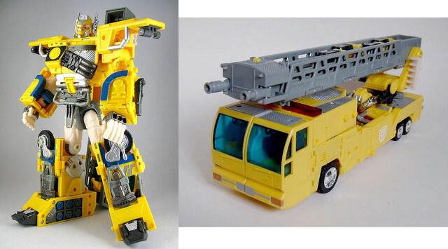 File:Universe RID OptimusPrime toy.jpg