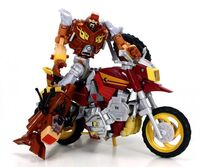 Generations-junkheap-toy-deluxe-2-b