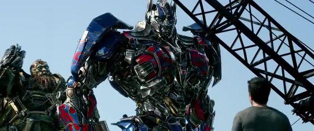 File:Transformers AOE 6445.jpg
