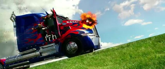File:Transformers AOE 4738.jpg