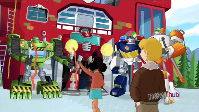 File:ShakeUp Rescue Bots in costume.jpg