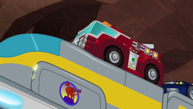 File:GriffinRockExpress Rescue Bots ride train.jpg
