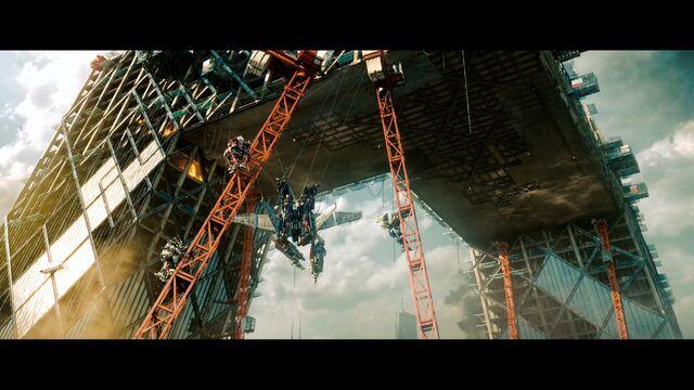 File:Dotm-wreckers&optimusprime-film-cables.jpg