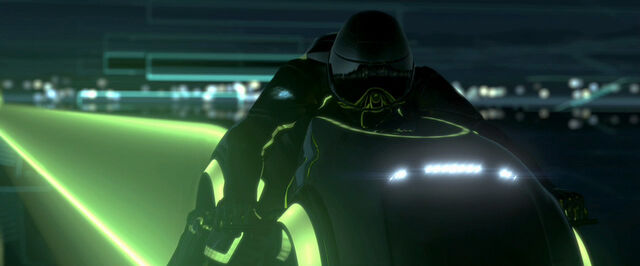 File:Tron legacy clu injured 2.jpg