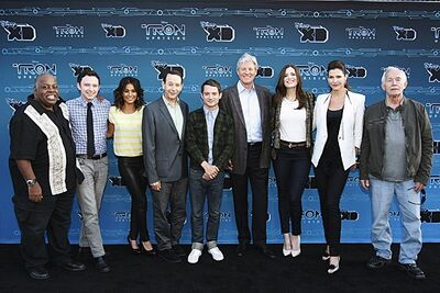 TU Cast01