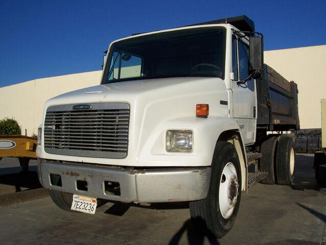 File:Freightliner FL-Series Dumptruck.jpg