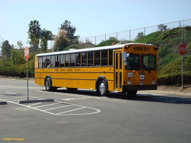 File:Gillig Phantom School bus.jpg