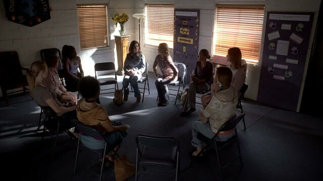 File:3x09 -support group tara goes to after her emotional trauma.jpg