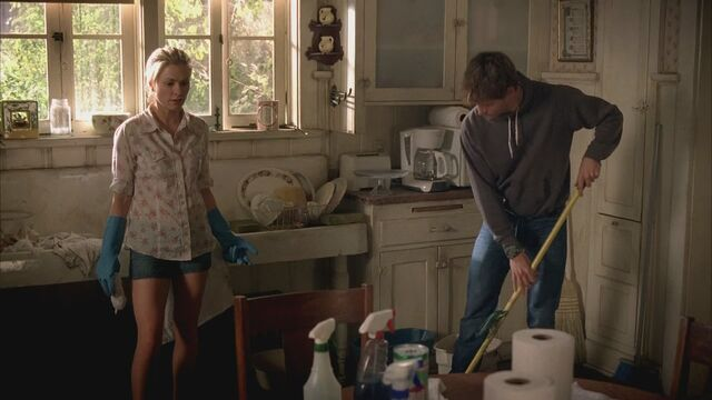 File:SookieCleaning.jpg