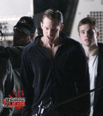 File:-Behind-The-Scenes-true-blood-15357113-400-450.jpg