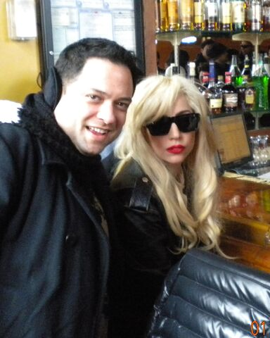 File:Me and gaga at kumas.jpg