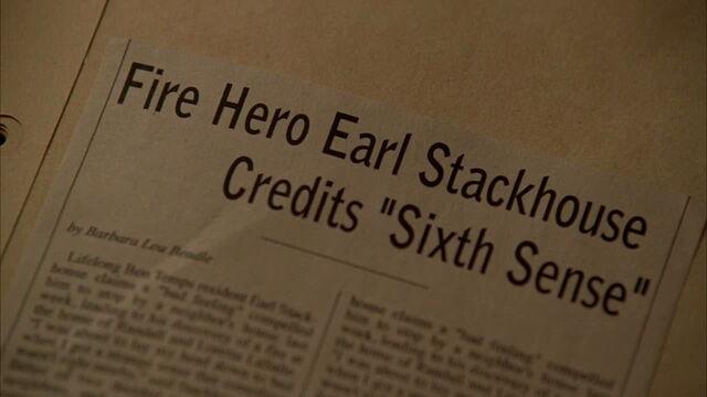 File:3x09 -article in sookie's scrapbook.jpg
