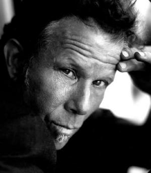 File:Tomwaits .jpg