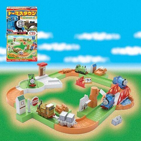 File:BandaiThomasTown2004series1.jpg