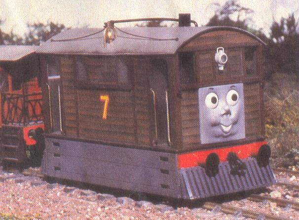File:ThomasInTrouble34.JPG