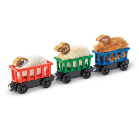 File:WoodenRailwayMcColl'sFarmPettingZoo.jpg