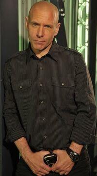 Hugh Dillon 3