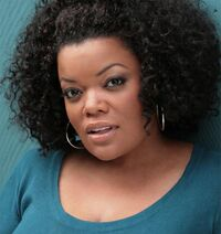 Yvette Nicole Brown 2