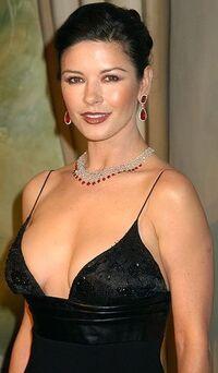Catherine Zeta-Jones 7