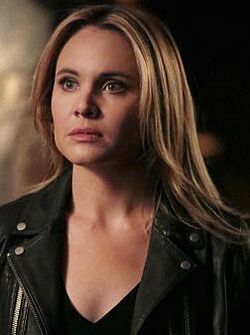 Leah Pipes 3