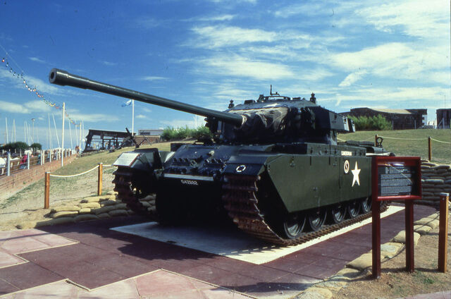 File:Centurion Tank outside the Redoubt Fortress.jpg