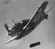 300px-Dauntless bomb drop