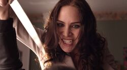 Lost Girl 1x04 002